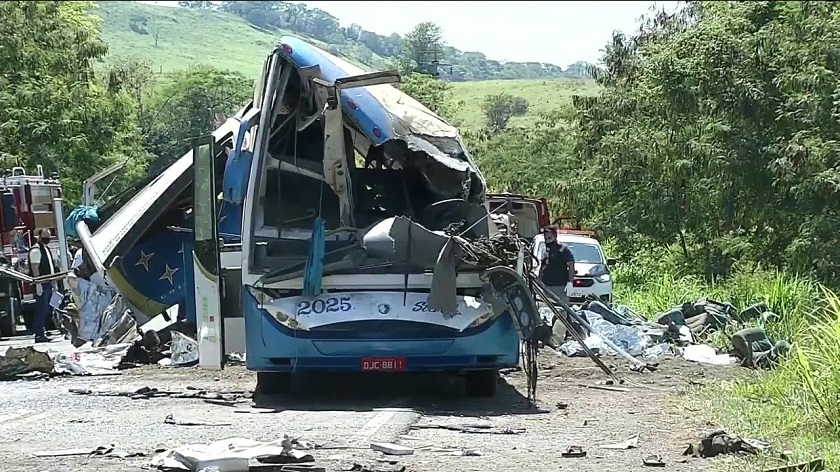En Taguaí murieron 41 personas en accidente de bus