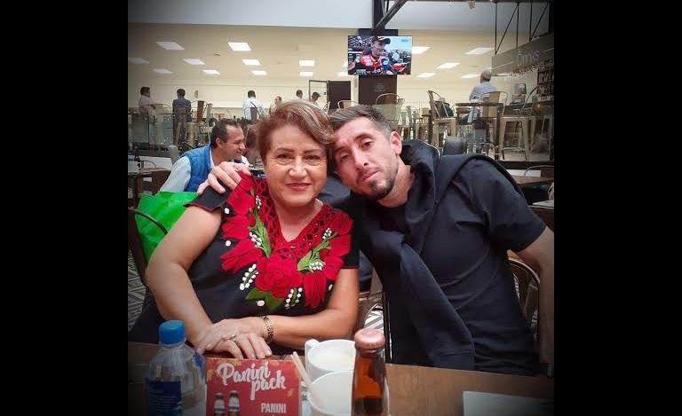 Muere mamá del futbolista Héctor Herrera